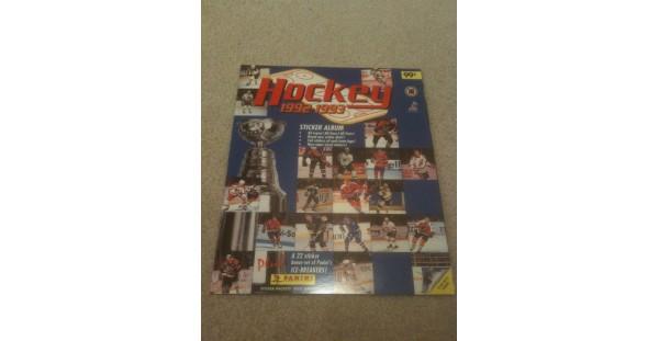 1992 Panini NHL Hockey Sticker Album Joe Sakic Cover